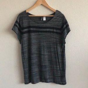 EUC H&M Divided Shirt Gray & Black SZ Large